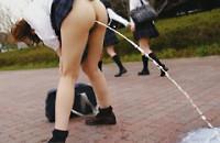 プロから学ぶ女子校生通学路浣腸のヤり方1