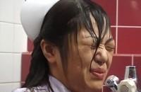 顔面放尿6