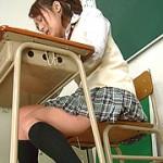 体操部女子校生の尿失態